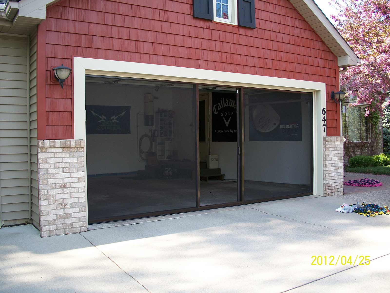 Lifestyle Garage Screens Minnesota Retractable Garage